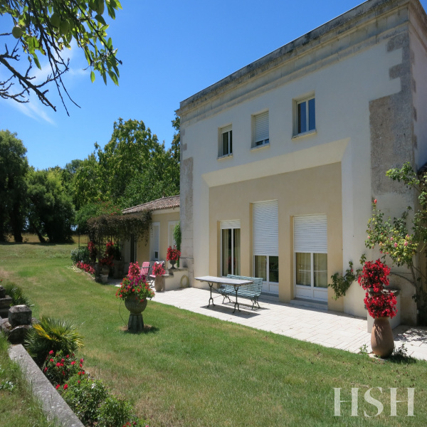 Offres de vente Maison La Rochelle 17000